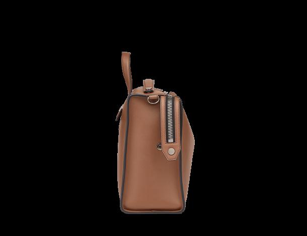 芬迪 Fendi LUI男士手袋 长方形咖啡色手工缝线小牛皮手提包