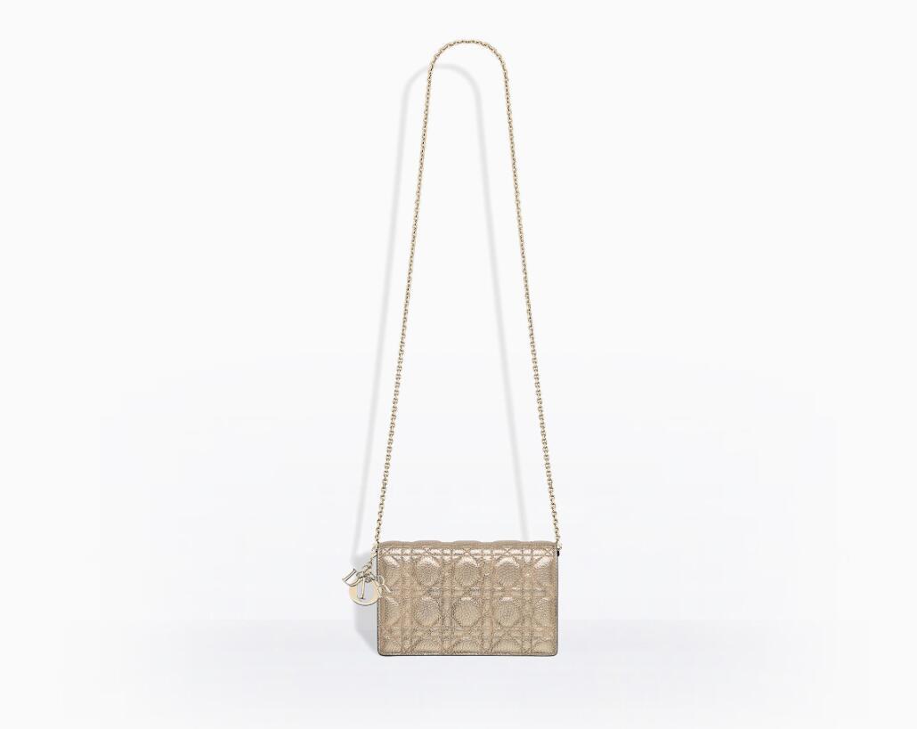 Lady Dior Wallet on Chain金属光泽藤格纹粒面触感小牛皮皮夹
