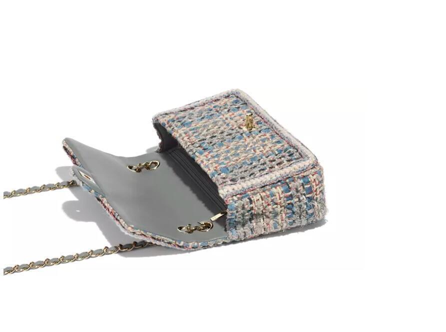 香奈儿Chanel 灰色 蓝 乳白色与黑色 斜纹软呢 口盖包