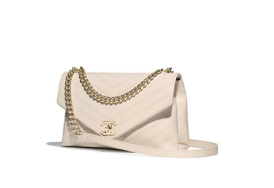 香奈儿Chanel 象牙白 口盖包 小牛皮与金属