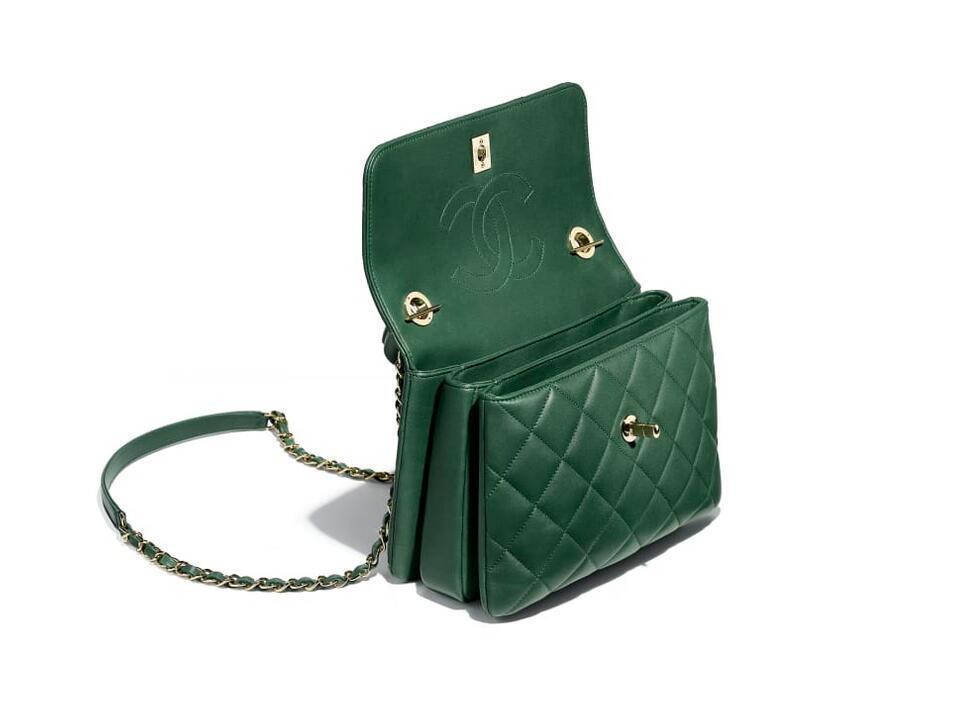 香奈儿Chanel 小号口盖包配以手柄 绿色 羊皮革