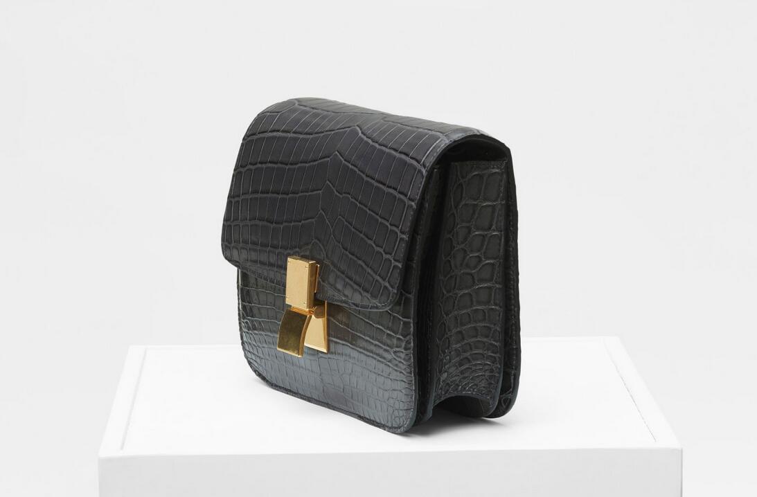 赛琳celine classic box 碳灰色 中号鳄鱼皮 肩背和斜挎手袋
