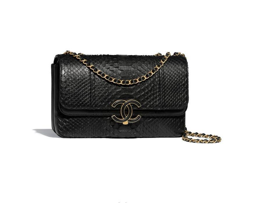 香奈儿chanel 官网包包图片价格 黑色蟒蛇皮、羊皮口盖包